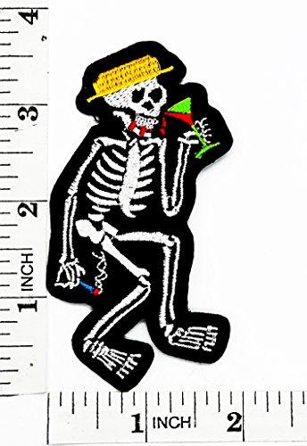 Bianco social distortion scheletro motociclista patch ricamato a mano ferro e toppe simbolo jacket t-shirt, applique accessori
