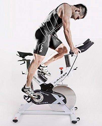 ECO-DE Bicicleta Spinning X-Racer. Uso semiprofesional con Pulsómetro, Pantalla LCD y Resistencia Variable. Estabilizadores. Completamente Regulable.