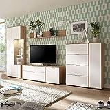 Pharao24 Wohnzimmer Schrankwand in Weiß und Eiche 320 cm Ohne Beleuchtung Energieeffizienzklasse