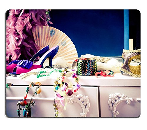 liili-mouse-pad-natural-rubber-mousepad-womans-dressing-table-with-lot-of-fashion-accessories-image-
