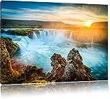 Wasserfall im Sonnenuntergang Format: 80x60 cm auf Leinwand, XXL riesige Bilder fertig gerahmt mit Keilrahmen, Kunstdruck auf Wandbild mit Rahmen, günstiger als Gemälde oder Ölbild, kein Poster oder Plakat