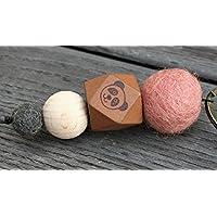 personalisierbarer Schlüsselanhänger mit Filzperlen und Holzperlen und süßem Pandabär-Motiv, Wunschwort/Wunschname möglich