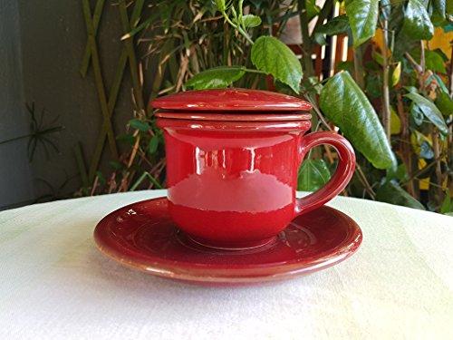 Tisaniera in ceramica siciliana. tazza con infusore e coperchio in ceramica fatta a mano. tazza tisaniera in ceramica siciliana. le ceramiche di ketty messina.