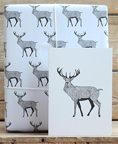 Rot Hirsch Geschenkpapier mit Tags und eine Karte