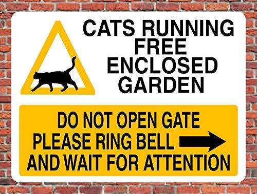 LynnYo22 - Placa de Metal para Gatos sin Correr con Texto en inglés Do Not Open Gate, 30,5 x 45,7 cm