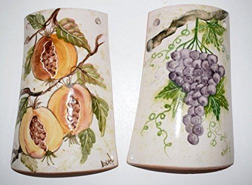 n. 2 Tegole decorative Realizzata e Dipinta a Mano Le Ceramiche del Castello Nina Palomba Made in Italy Dimensioni 20 x 12 centimetri