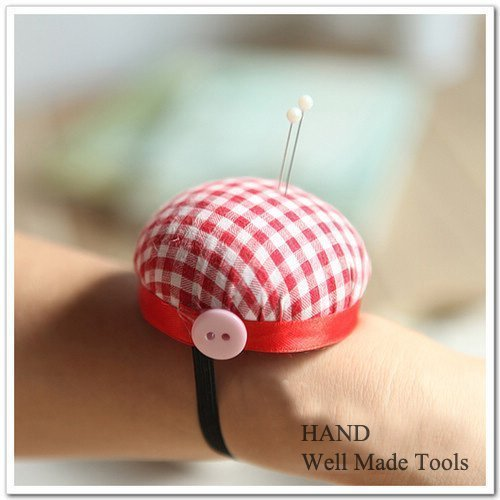 Check-Wrist-Pin-Cushion-Tailo