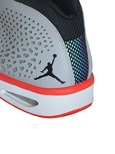 Nike  Jordan Flight 2015, Baskets hommes Gris Loup/Noir/23-blanc
