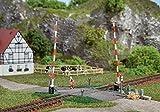 Auhagen 41604.0 - Beschrankter Bahnübergang, 150 x 130 mm, bunt