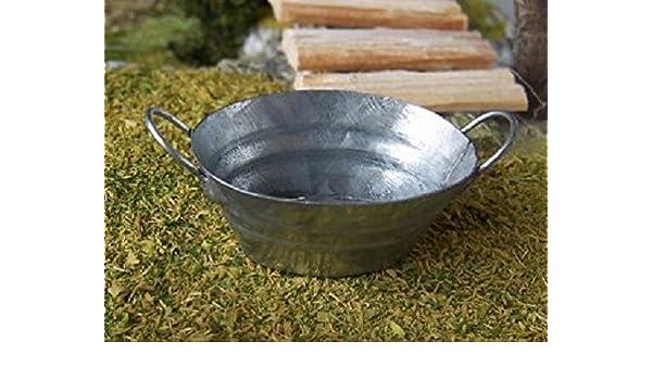 Vasca Da Bagno In Lamiera Zincata : Ovale in miniatura della vasca in lamiera zincata