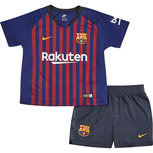 This Nike Barcelona Home Baby Kit 2018 2019 comes with a replica shirt, shorts and socks so your new addition to the family can show your families support for the Catalan giants. The kit also benefits from being engineered with Nike Breathe and Dri-F...