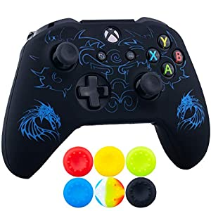 9CDeer 1 x Stück SchutzfolieLasergravur Silikon Hülle + 6 Thumb Grips & Staubdichte Stecker für Xbox One S/X-Controller Drachen Blau