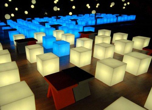 SLIDE design - Table Basse Lumineuse sans Fil Cubo LED extérieure 43 x 43 x 43 cm