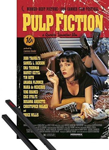 Poster + Sospensione : Pulp Fiction Poster Stampa (91x61 cm) Film Score By Quentin Tarantino E Coppia Di Barre Porta Poster Nere 1art1®