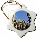3dRose Ornament_70278_1 Bélgica, Bruselas, Grand Place, Guild Houses EU04 JEN0026 Jim Engelbrecht Snowflake adorno de porcelana, 7,62 cm