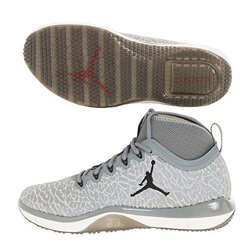 Nike 845402-002, espadrilles de basket-ball homme Gris