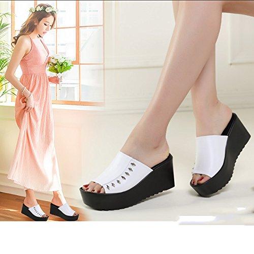 Confortable Pente avec des pantoufles fraîches Chaussons de sport en cuir féminin féminin en été Chaussons de chaussures en vrac (2 couleurs en option) (taille facultative) Augmenté ( Couleur : A , ta B