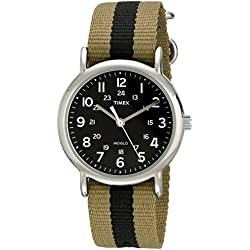Timex Weekender Unisex Quartz Watch with Analogue Display and Nylon Strap