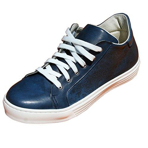 Scarpe Donna Sneakers Basse in Vera Pella, Full made in Italy, con fantasia ad incisione laser - Colore Blu Misura 36