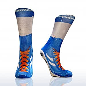 Fußballschuhe Socke in hellblau – Kickstiefel Böller fotorealistisch