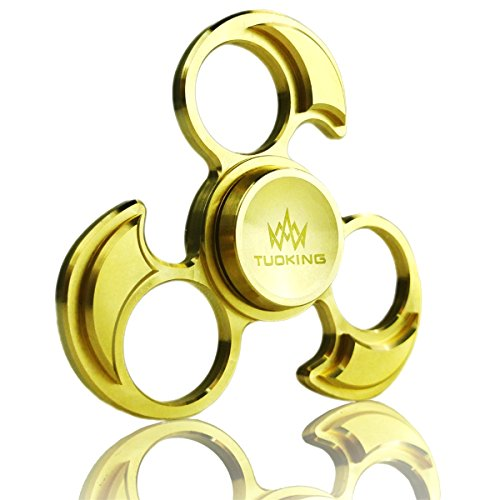 TOPKing Hand Fidget Spinner, Spin 3-5 Minutes, EDC ADHD Focus Tri-Spinner Toys Pure Brass Matériau métallique durable Si3N4 Roulement en céramique DIY Hollow Tricyclic Skeleton With Gift Box