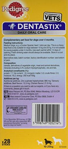 Pedigree DentaStix Hundesnack für mittelgroße Hunde (10-25kg), Zahnpflege-Snack mit Huhn und Rind, 4 Packung je 28 Stück (4 x 720 g) - 4