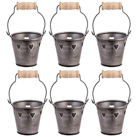 Lot de six mignon Mini Cœur Noir Découpe Bordure Seau en zinc photophores avec poignées en bois rustique. Idéal pour un mariage Petit Déjeuner des Tables, occasion spéciale les dîners, les fêtes d'anniversaire, anniversaire de mariage, réceptions, etc. H 8.5cm