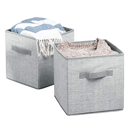 mDesign 2er-Set Aufbewahrungsbox Stoff - Stoffkiste mit Griffen für den Kinderschrank oder Kleiderschrank - als Spielzeugkiste - groß, mit jeweils 26,67 cm x 26,67 cm x 27,94 cm