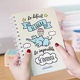 La Mente es Maravillosa | Cuaderno A5 original con divertidas pegatinas | Diseño con dibujo, frase y motivación | Espiral de calidad | Tapa dura y papel cuadriculado | Regalo perfecto para un amiga - cerdifante