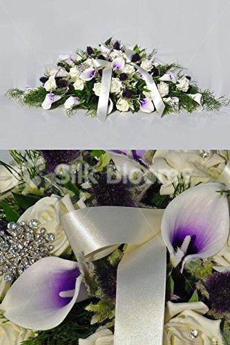 schottische-inspiriert-kunstliche-picasso-lily-und-rose-top-tisch-arrangement-in-lila-und-elfenbein