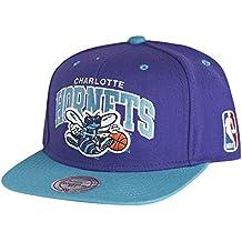 Mitchell   Ness Gorra Arch Charlotte Hornets Púrpura-Verde Azulado 023dab742cf