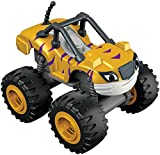 Blaze y los Monster Machines de Nickelodeon - Coche Stripes, Color Amarillo (Mattel CGH56)