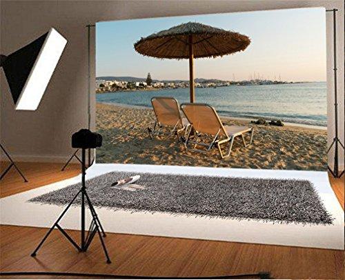 YongFoto 1,5x1m Foto Hintergrund Sunbeds auf Sandy Strandregenschirm Paros Insel Griechenland Küsten Natur Szene Fotografie Hintergrund Fotoshooting Portraitfotos Party Kinder Fotostudio Requisiten