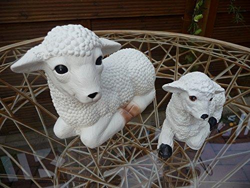 Mehrholz Steinfigur Schaf und Lamm in weiß