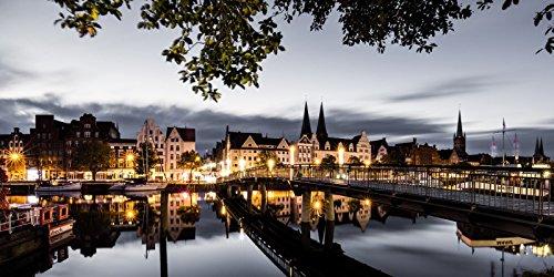 Artland Wandbilder selbstklebend aus Vliesstoff oder Vinyl-Folie Birgit Roth Guten Morgen Lübeck Städte Deutschland Lübeck Fotografie Grau C7BV