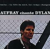 """CHANTE DYLAN""""Lorsque, en 61, j'aperçus Bob Dylan, je compris qu'il était toute la nouvelle poésie chantée du monde..."""" Et c'est en réalisant combien son admiration pour Dylan était grande qu'Hugues Aufray décide de traduire les chansons de celui qui ..."""
