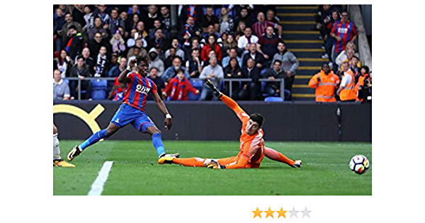Football Wall Poster Print Import Posters Crystal Palace F.C 30cm x 43cm // 12 Inches x 17 Inches FC Wilfried Zaha