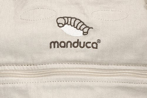 manduca First Baby Carrier > HempCotton Sand < Ergonomic Baby Carrier, Soft & Sturdy Canvas (Organic Cotton & Hemp), Front Carry, Hip Seat and Back Carry, from Newborn to Toddlers up to 20kg, Beige Manduca New features: Improved three-point-buckle (secure & easy to open); extra soft canvas made of 45% hemp and 55% organic cotton (outside), 100% organic cotton lining (inside) Already integrated in every baby carrier: infant pouch (newborn insert), stowable headrest & sun protection for your baby, patented back extension (grows with your child); Optional accessories for newborns: Size-It (seat reducer) and Zip-In Ellipse Ergonomic design for men & women: Soft padded shoulder straps (multiple adjustable) & anatomically shaped stable hipbelt (fits hips from 64cm to 140cm) ensure balanced weight distribution. No waist-belt extension needed 11