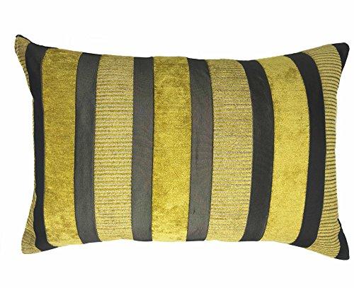 Lancashire Textiles Taipei Vert Mousse à Rayures en Daim Envers 60 cm x 40 cm Housse de Coussin Uniquement