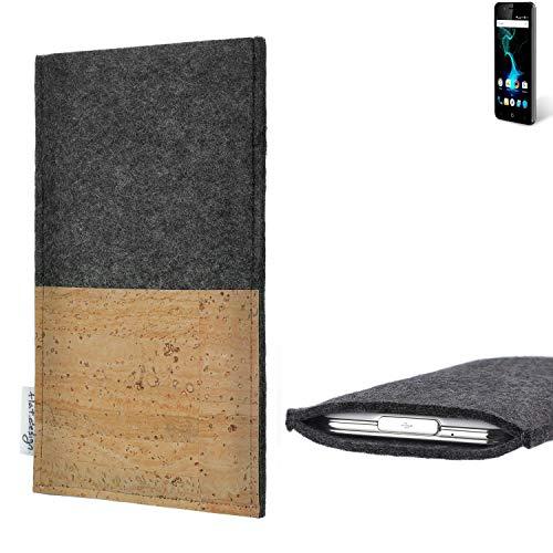 flat.design Handytasche Evora mit Korkfach für Allview P6 Pro - Schutz Case Etui Filz Made in Germany in hellgrau mit Korkstoff - passgenaue Handy Hülle für Allview P6 Pro