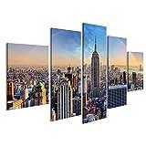 islandburner Bild Bilder auf Leinwand New York City-Skyline mit städtischen Wolkenkratzern und Regenbogen. Wandbild, Poster, Leinwandbild IJR-MFP