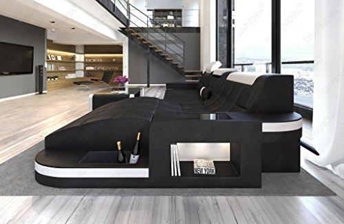 Divano Nero E Bianco : Nero parete soggiorno angolo divano bianco poster u foto stock