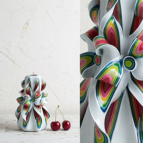 small-red-and-white-gentle-colors-decorative-carved-candle-evecandles