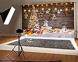 YongFoto 3x2m Foto Hintergrund Weihnachtsbaum Geschenke Sleigh Schneemann glänzende Lichter Wood Plank Schwerer Schnee Weihnachten Fotografie Hintergrund Photo Party Kinder Hochzeit Fotostudio