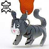 Monkimau Katze-n Leder Schlüssel-anhänger Deko-Figur 3D Charm-s Kinder Mädchen Damen Geschenk-e grau schwarz gestreift 5cm Glückskatze-n