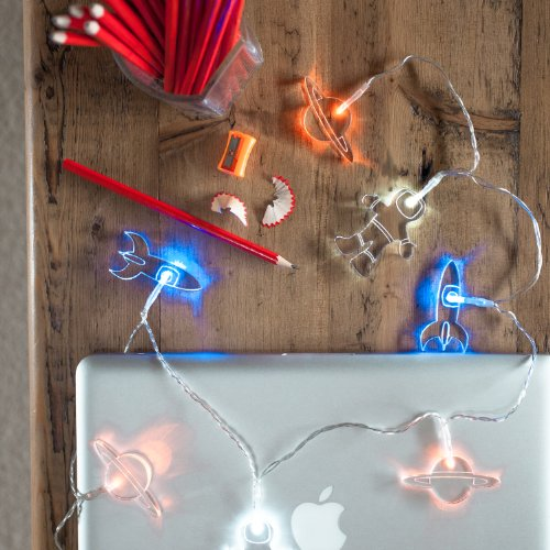 battery-operated-lunar-spaceman-led-fairy-lights-by-lights4fun