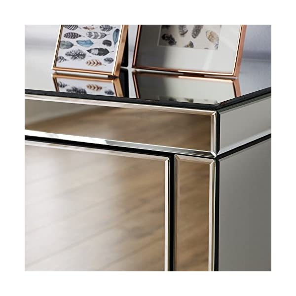 Mirrored Bedroom Furniture, Happy Beds Seville Silver 3 Drawer Chest - Height 82 cm, Width 80 cm, Depth 40 cm Happybeds Height: 82 cm, Width: 80 cm, Depth: 40 cm; Modern mirrored bedroom chest of drawers Elegant and ergonomic crystal style handles 3 deep storage drawers perfect for clothes, towels or bedding 5