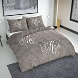 NIGHTLIFE Bettwäsche/Bettbezüge Love Couple Taupe - Braun - 200x200/220 - Mit 2 Kissenbezüge 60x70