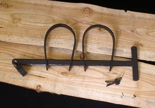 Preisvergleich Produktbild Mittelalterliche Handschellen aus Stahl mit kleinem Vorhängeschloss
