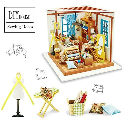 ROBOTIME - Süße DIY Puppenstube mit Miniatur Möbel - Handgefertigt - Modell Puppenhaus aus Holz mit LED Licht - Geschenk Für Kind, Mann & Frau (Lisa's Schneider) (Frei-haus-pflanzen)